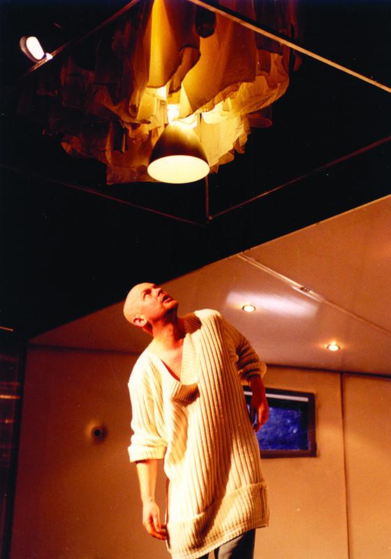 КОНТРАБАСЪТ (15 години на сцена)