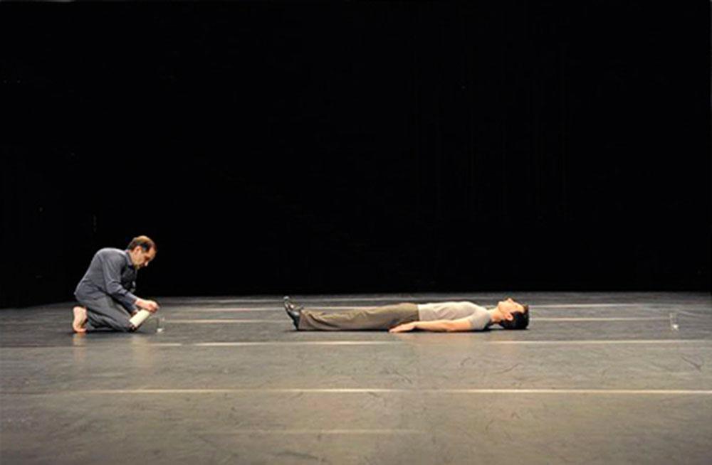 ЕДИН СЛЕДОБЕД – соло за Емануел Егермонт със специалното участие на Раймунд Хог