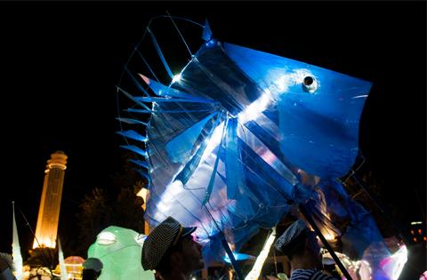 МАГИЯТА НА МОРЕТО – улично шествие
